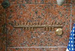 Alexander L Kemp