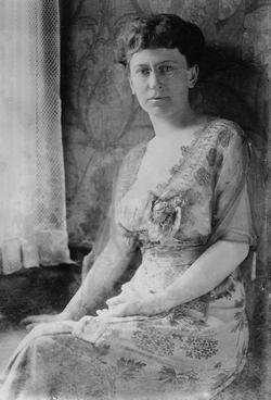 Elizabeth L Baker