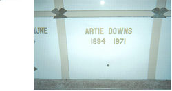 Artie <i>Bates</i> Downs