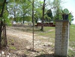 Perla Cemetery