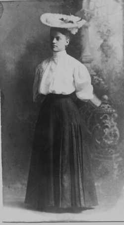 Bessie Pink <i>Williams</i> Fisher