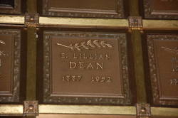 Lillian E. <i>Hunt</i> Dean