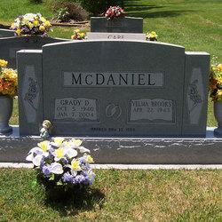 Grady D McDaniel