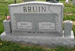 Mabel Dean <i>Mains</i> Bruin