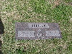 Opal r Hunt