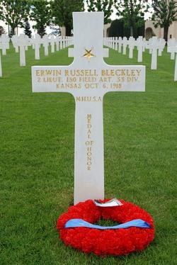 Lieut Erwin Russell Bleckley