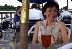 Lac-Yee Lois <i>Leung</i> Warfel