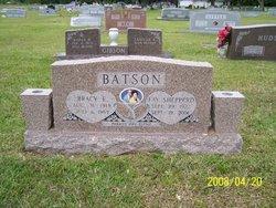 Bracy E Batson