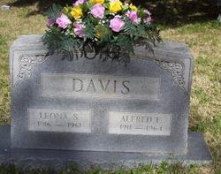 Leona Sidney Davis