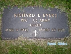 PFC Richard L Evers