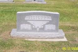 Carolyn <i>Biggerstaff</i> Alligood