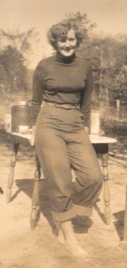 Ruth Stewart <i>Hawes</i> Zuendt