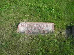 Margaret Maggie <i>Grierson</i> Gray