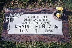 Manuel Munoz, Jr
