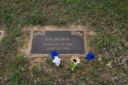 Eva Brewer