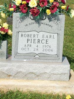 Robert Earl Pierce