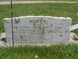 Grace M <i>Howe</i> Noyes