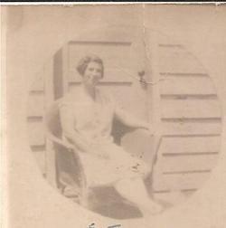 Elsie E <i>Laurange</i> Jennings