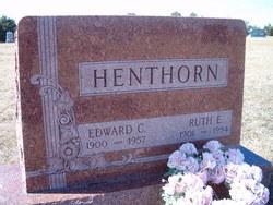 Ruth E Henthorn