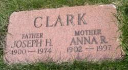 Anna R Clark