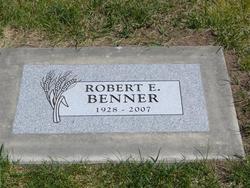 Robert E Bob Benner