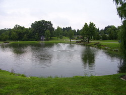 Lakemont Memorial Gardens