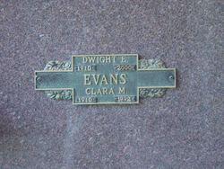 Dwight E Evans