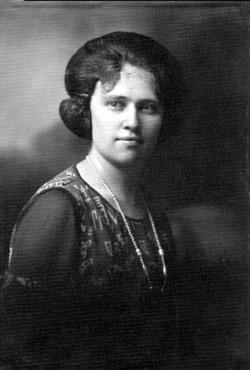 Nellie Rose <i>Engle</i> Simmons