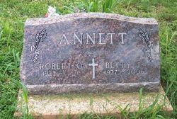 Betty J. <i>Braden</i> Annett
