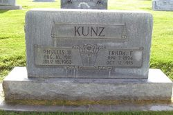 Phillis <i>Hayes</i> Kunz