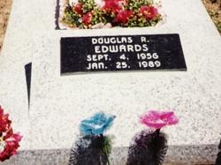 Douglas Ray Doug Edwards