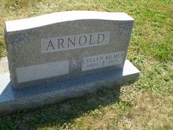 Evelyn <i>Kilmer</i> Arnold