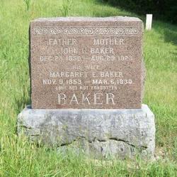 Margaret Elizabeth Betty <i>Hammond</i> Baker