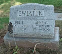 Anna C Swiatek