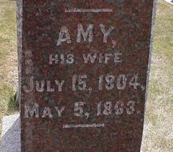 Amy <i>Crumb</i> Pierce