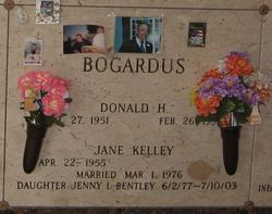 Donald H Bogardus