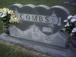 Curlee Peter Combs