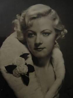 Virginia Ruth <i>Rogers</i> Laurel