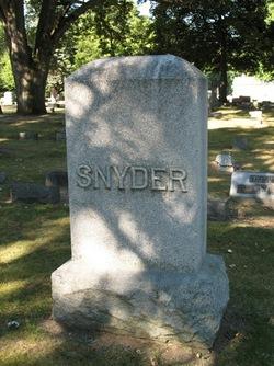 Leon Romaine Snyder, Sr