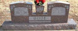Robert Earl Hooe