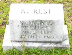 Nancy Ann Annie <i>Dearman</i> Strickland