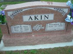 Susan Elaine Susie <i>Short</i> Akin