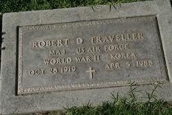 Robert D Traveller