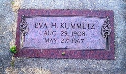 Eva H Kummetz