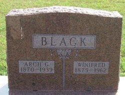 Arch G Black