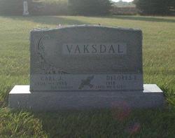 Carl J. Vaksdal