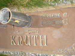 Darlene Mae <i>Reddard</i> Knuth