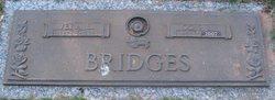 Odis Lavelle Bridges