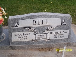 Venice <i>Brown</i> Bell