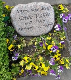 Gerda <i>Pioch</i> Wolff
